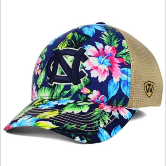 online store 97a05 cad73 North Carolina Tar Heels Floral Flex Fit Hat. NWT. Top of the World
